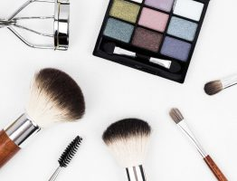 How To Pack A Makeup Travel Case
